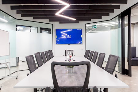 iQ Offices | 150 King Street West - Marquise Room
