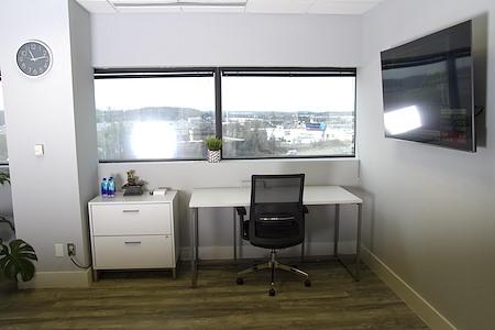 IIG Suites - Dedicated Desk B