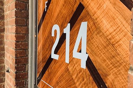 Foundry214 - Dedicated Desk Open Plan