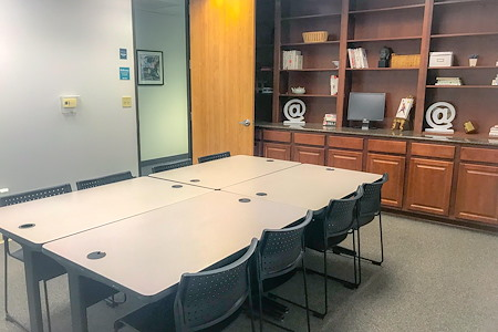 Duo Works - Frappe Office - Perfect offsite room