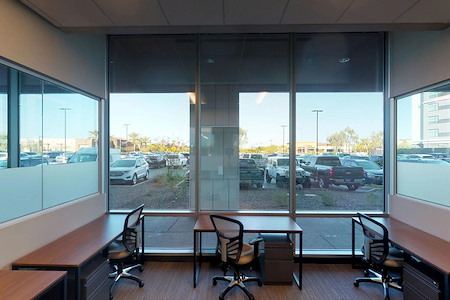 Workuity Chandler Viridian - 5 Person office