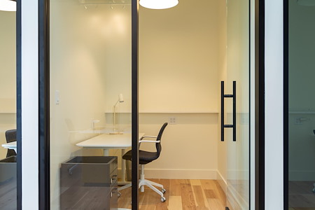 WestBase Coworking - Regular Office 5