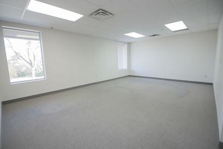 Edina Commons - Suite 240
