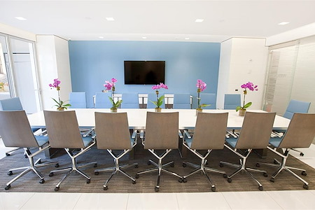 Emerge212 - 125 Park Avenue - Hudson Conference Room