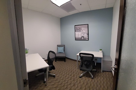 Regus - US Bancorp Tower Downtown PDX - Interior private office for 2 people
