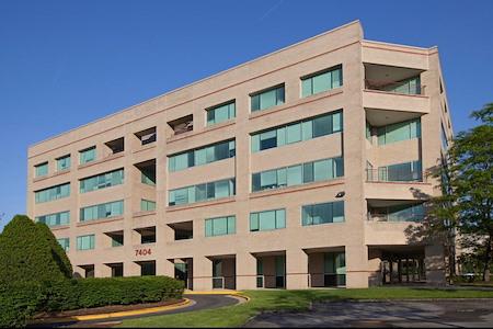 Perfect Office Solutions -7404 Executive -Lanham - Private Desk