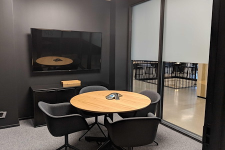 CENTRL Office - Downtown - M5 - Small Meeting Room
