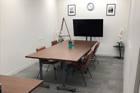Venture X - Greenwood Village - Fiddler's Green Meeting Space
