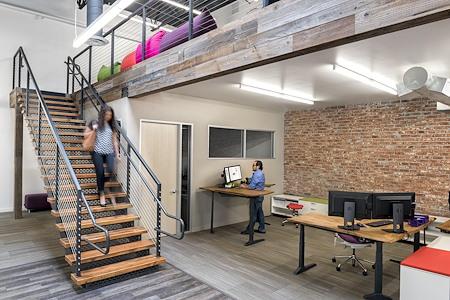 Dawn Roth's - Modern Loft Office