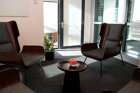 Venture X - Greenwood Village - Granite Meeting Space