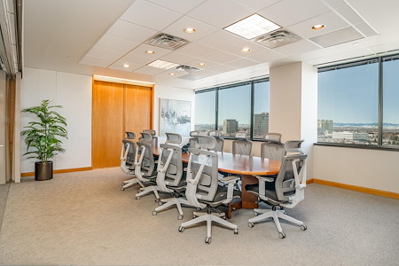 Executive Business Centers - DTC - The Pike's Peak Room