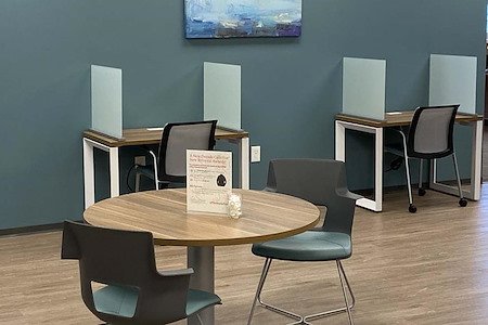 Office Evolution - Woodlands - Professional Plan - Common area