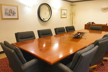 Alaska Co:Work / Northern Trust Real Estate Building - Large Conference Room