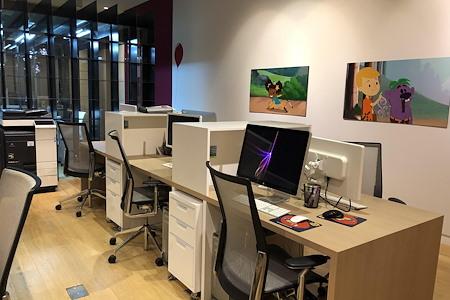 Big Bad Boo - Big Bad Boo Hourly Desk 1 @Studio68