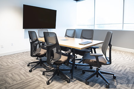 Venture X Richmond Hill - Meeting Room