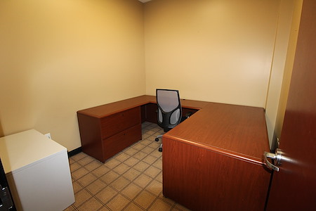 Riverwalk Executive Offices - Office 1