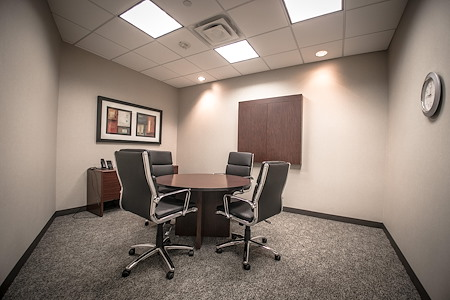 IDS Executive Suites - Harriet - Small