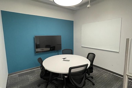 Workspace at Reston Town Center - South Lakes Meeting Room