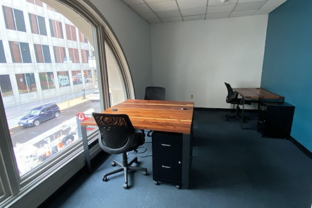 TechArtista Downtown - Small Private Office