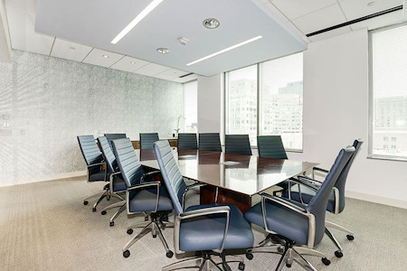 Carr Workplaces - Reston Town Center - Library Boardroom