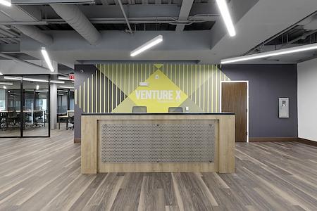 Venture X   Grapevine - DFW Airport North - 220 private office