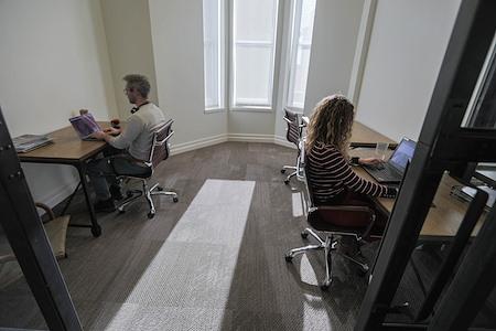 FlatironCity - 4 person office