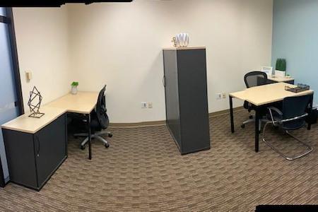 Glendale Plaza Regus - Dedicated Desk 1