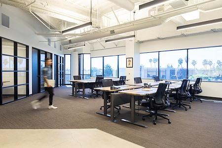 EQ Office | CANVAS - Costa Mesa - EQ Teams - Studio 380