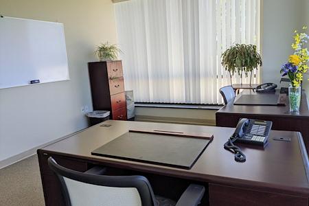 TKO Suites Reston - 6 Person Corner Window Office!