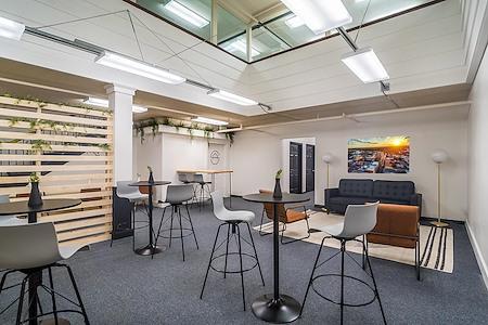 San Angelo Studios - Flex Desk