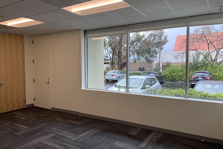 Z-Park Silicon Valley Innovation Center - Premium Private Office for 5 ppl