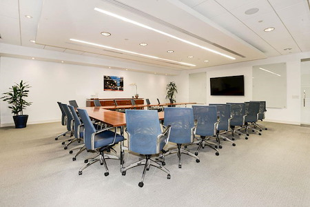 Carr Workplaces - Reston Town Center - Robert E. Simon Training Room