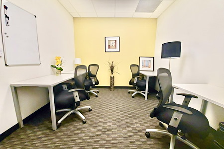 Regus-DTLA-Union Bank - Team Office