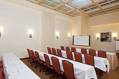 Genius@Work - Light Well/Loyalty Room