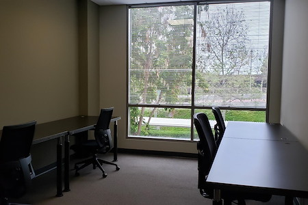 (CR2) Carlsbad Office - Team Room #17