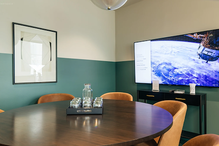Bond Collective - Center City - Downtown Philadelphia Conference Room