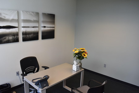 Pacific Workplaces - Reno - Day Office 11