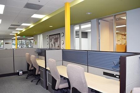 FalconX Incubator Accelerator - Dedicated Desk Large -7 available