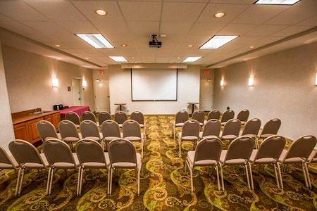 Schaumburg Inn Suites - Meeting Room 1