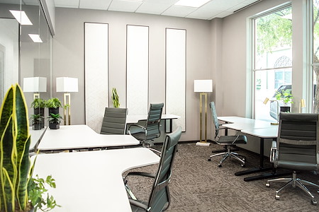 WorkSuites | The Woodlands - ExecutiveSuite - Window or Interior