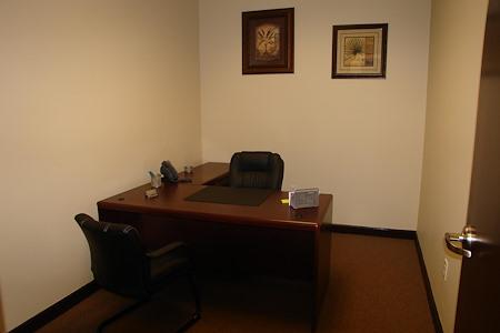 Hampton Business Center - Suite 125