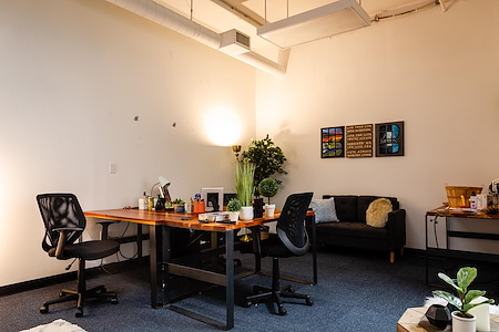 TechArtista Downtown - Five Person Private Office