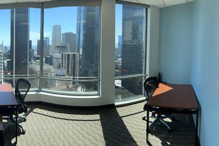 Regus | US Bank Tower - 2606