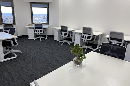 workspace365 Bondi Junction - 8 Person Corner Harbour Office