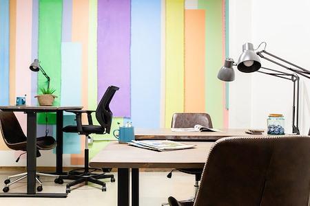 UNITA Manhattan Beach - Office 102