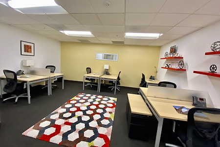 Regus | Harbor Drive Executive Park - Co-Working 303