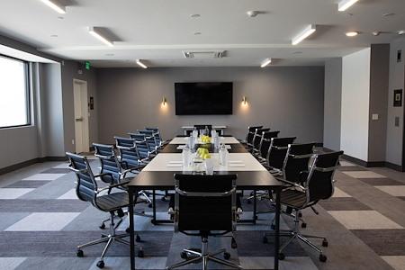 The Glenmark Hotel - Jasper Meeting Room