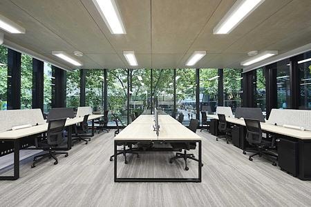 Altitude Cowork - 30 Workstations + Meeting Room w/ views
