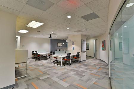 Office Evolution - Tysons Corner - Open Desk