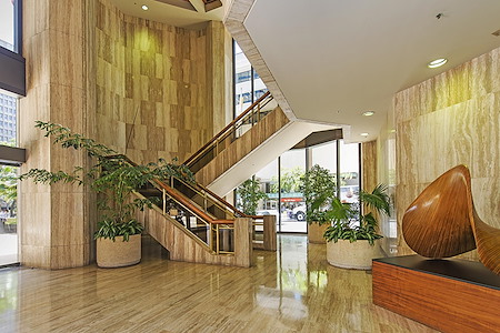(HON) Pauahi Tower at Bishop Square - Premium Office